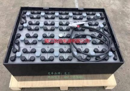 叉車蓄電(dian)池在充放電(dian)整(zheng)個(ge)過程中